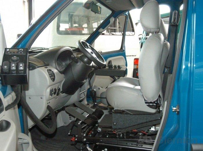 Draaistoel In Auto.Draaistoel Uitneembare Stoel Voor Uw Auto Bierman